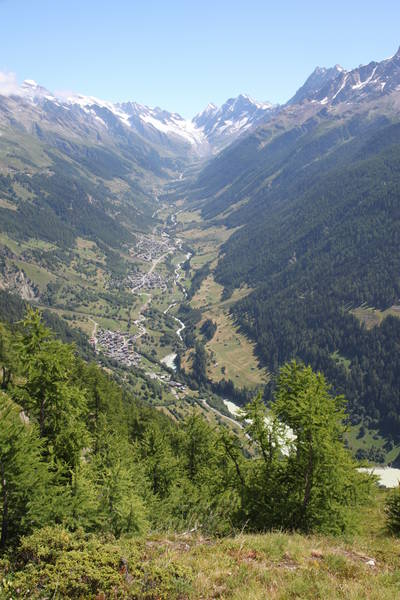 The Lötschental valley from Faldumalp on the Lötschentaler Höhenweg